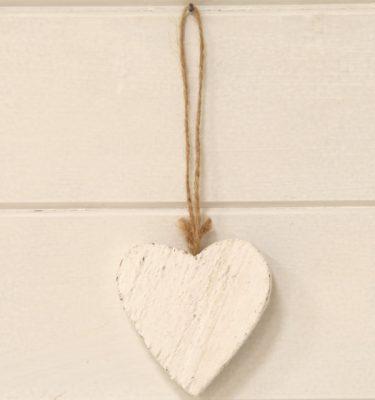 img_1940-cuore-bianco-in-legno-fileminimizer