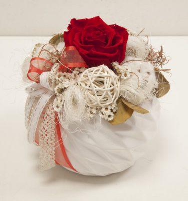 Rosa stabilizzata in composizione - Vivaio Arreda Online Shop