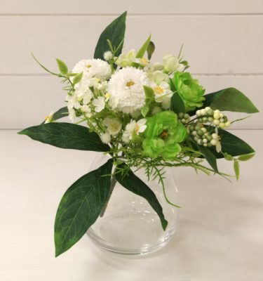 Bouquet ranuncolo bellis vivaio arreda
